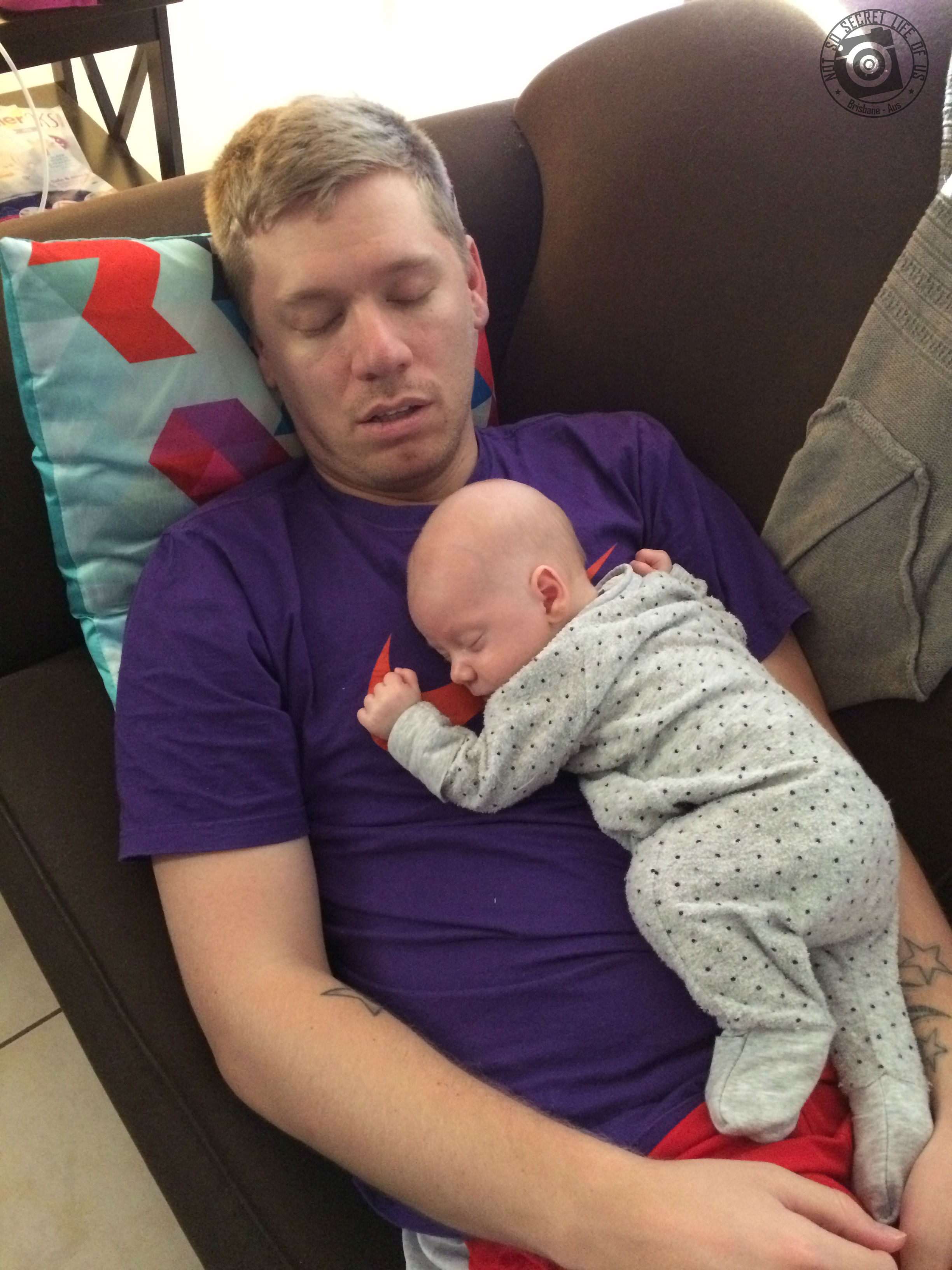 dad how to put baby to sleep